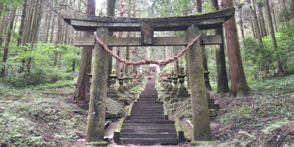 夏恒例の上色見熊野座神社参拝
